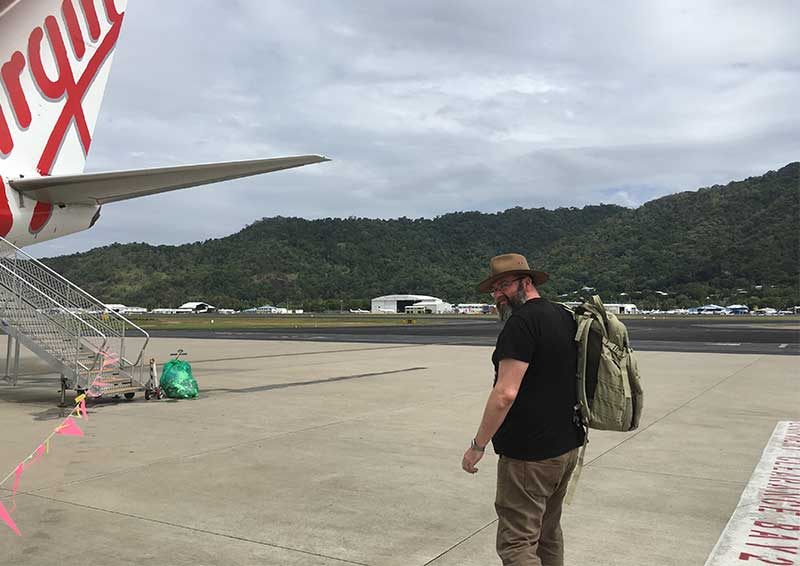 cairns-airport-boarding-plane