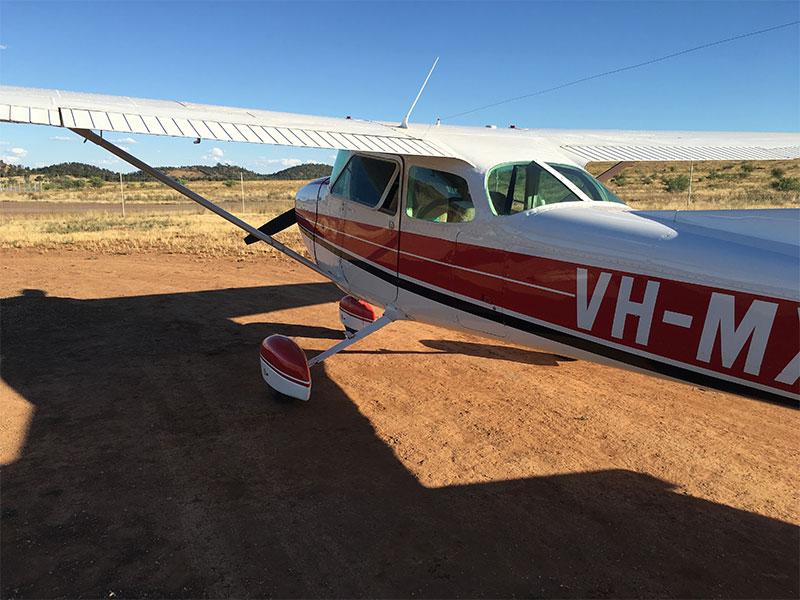 Scenic Flight Wilpena Pound Plane