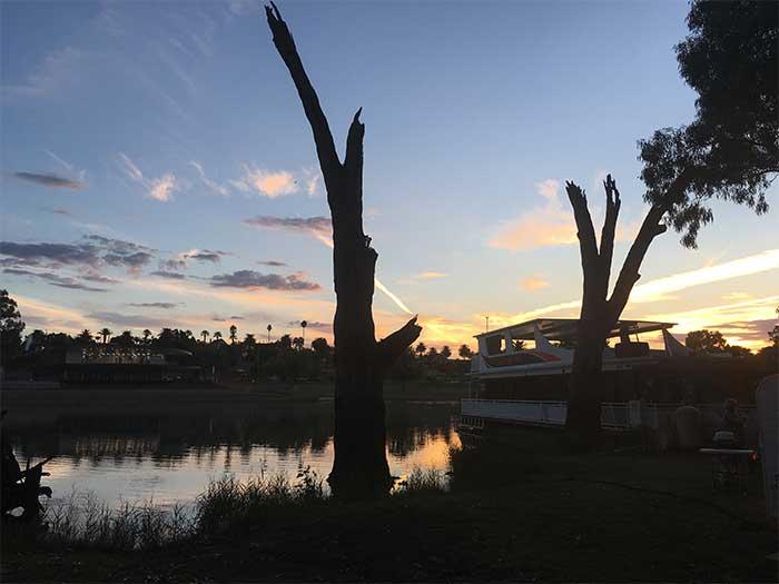 Sunset Buronga Riverside Campsite