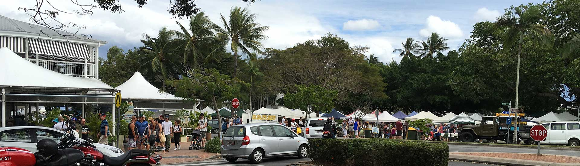 Port Douglas markets and dinner at Nautilus ⋆ Hatch a Holiday