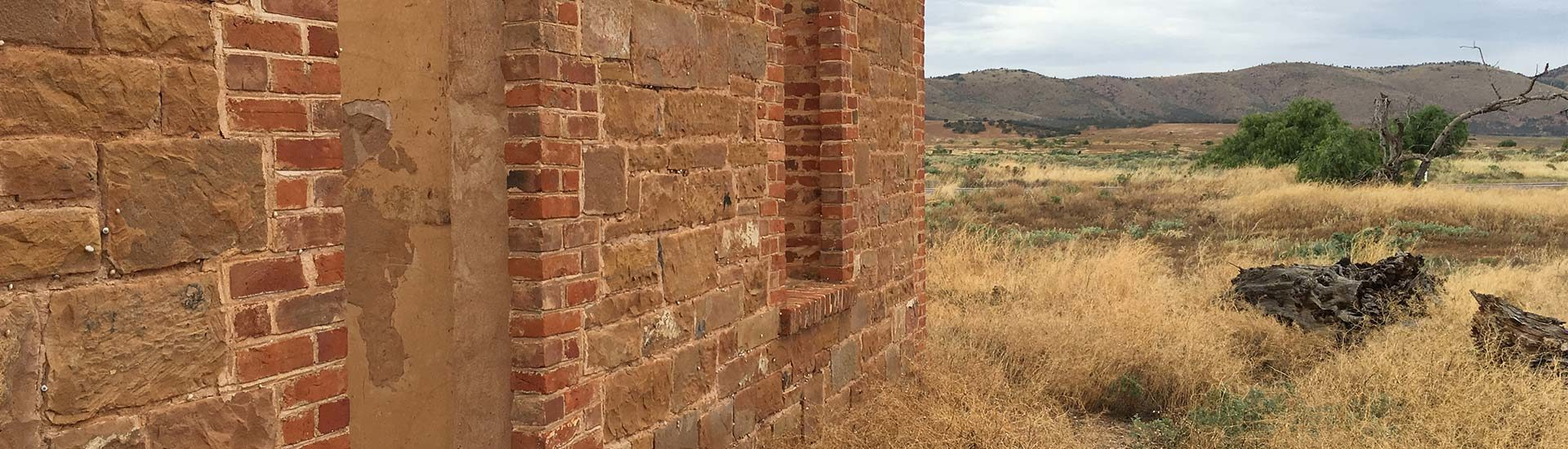 Wilpena Pound via Historic ruins to Hahndorf ⋆ Hatch a Holiday